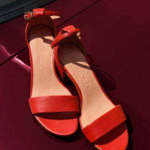 Max anc Co crvene sandale