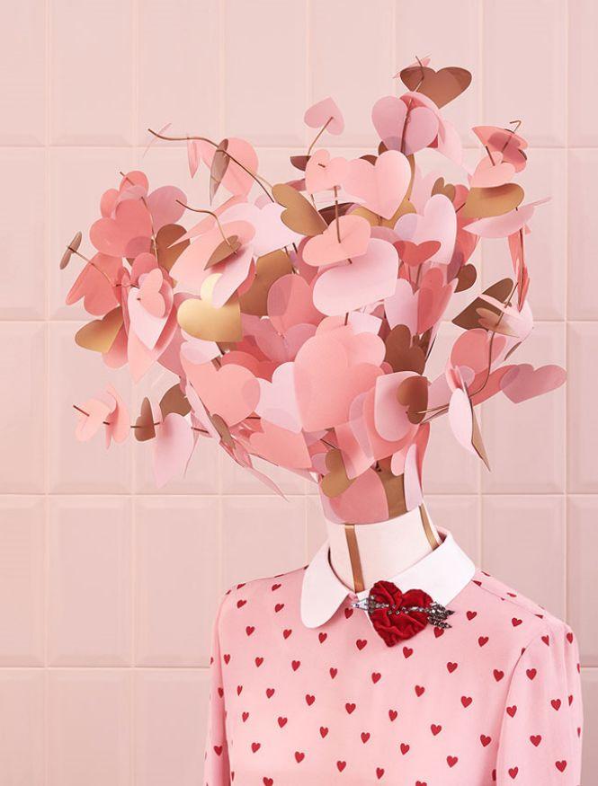 RED Valentino roze košulja sa srcima